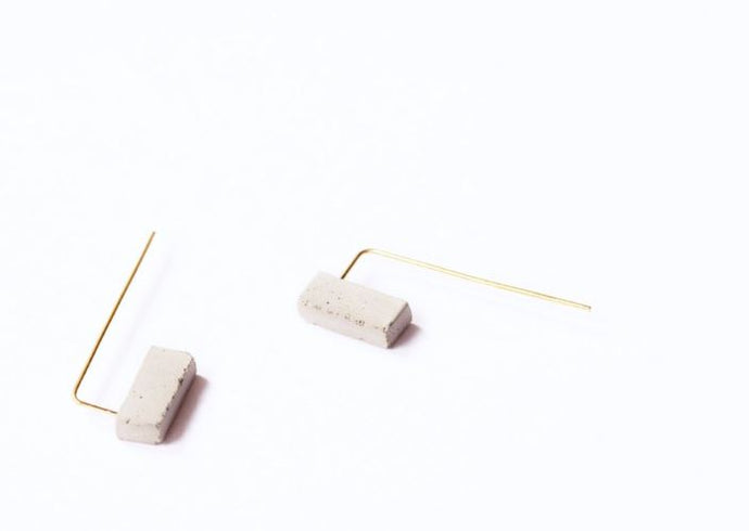 REVERSIBLE BLOCK EAR THREADER - RAW