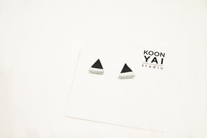 BLACK CONCRETE TRIANGLE EARRINGS