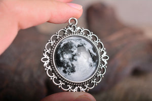 Full moon pendant, full moon necklace, moon necklace, silver plated pendant, glass pendant, antique silver necklace, glass dome necklace