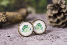 Load image into Gallery viewer, Leaf earrings, green leaf earrings, leaf stud earrings, post earrings, stud earrings, leaf jewelry, nature earrings, picture earrings