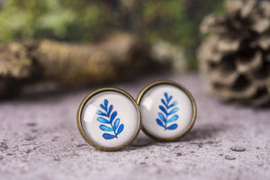 Set of three stud earrings, leaf earrings, leaf jewelry, nature earrings, birthday gift for her, girlfriend gift, gift for women, watercolor