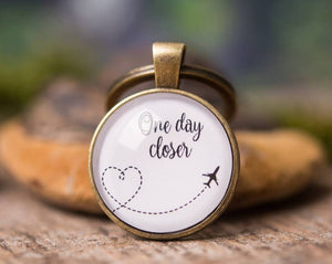Long distance relationship gift, love keychain, boyfriend gift, girlfriend gift, gift for men, gift for him, gift for her, one day closer