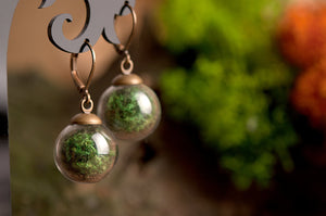 Real moss jewelry, gift for women, birthday gift for her, terrarium jewelry, moss earrings, green earrings, dangle earrings, moss ring