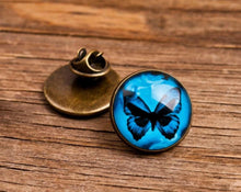 Load image into Gallery viewer, Lapel pin - Blue butterfly lapel pin, butterfly pin, butterfly brooch, glass dome lapel pin, antique brass lapel pin, animal lapel pin
