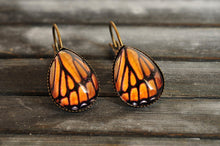 Load image into Gallery viewer, Monarch butterfly earrings, butterfly wing earrings, tear drop earrings, dangle earrings, antique brass earrings, glass dome earrings