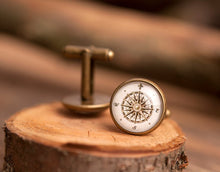 Load image into Gallery viewer, Vintage compass cufflinks, men cufflinks, antique brass cufflinks, glass dome cufflinks, glass cufflinks, men accessories, gift for