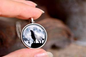 Howling wolf necklace, full moon necklace, night sky necklace, silver necklace, wolf jewelry, wolf necklace, moon necklace, howling wolf