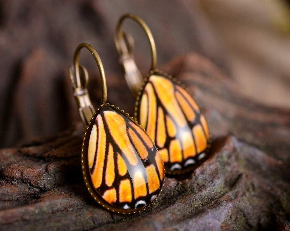 Monarch butterfly earrings, butterfly wing earrings, tear drop earrings, dangle earrings, antique brass earrings, glass dome earrings