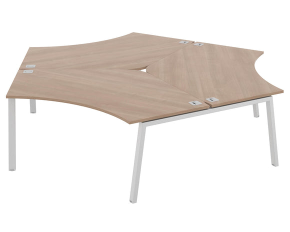 Elite Linnea Cluster Desk