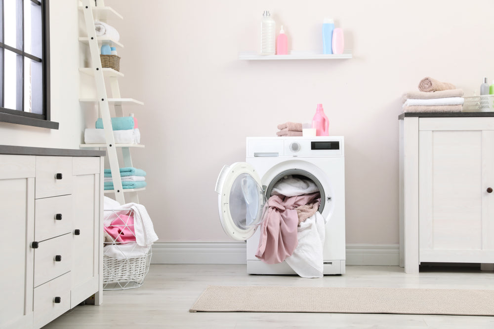 5 Laundry Hacks for a Non-Toxic Home
