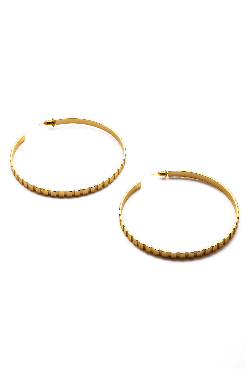 Rectangle Step Pattern Hoop Earrings - Gold