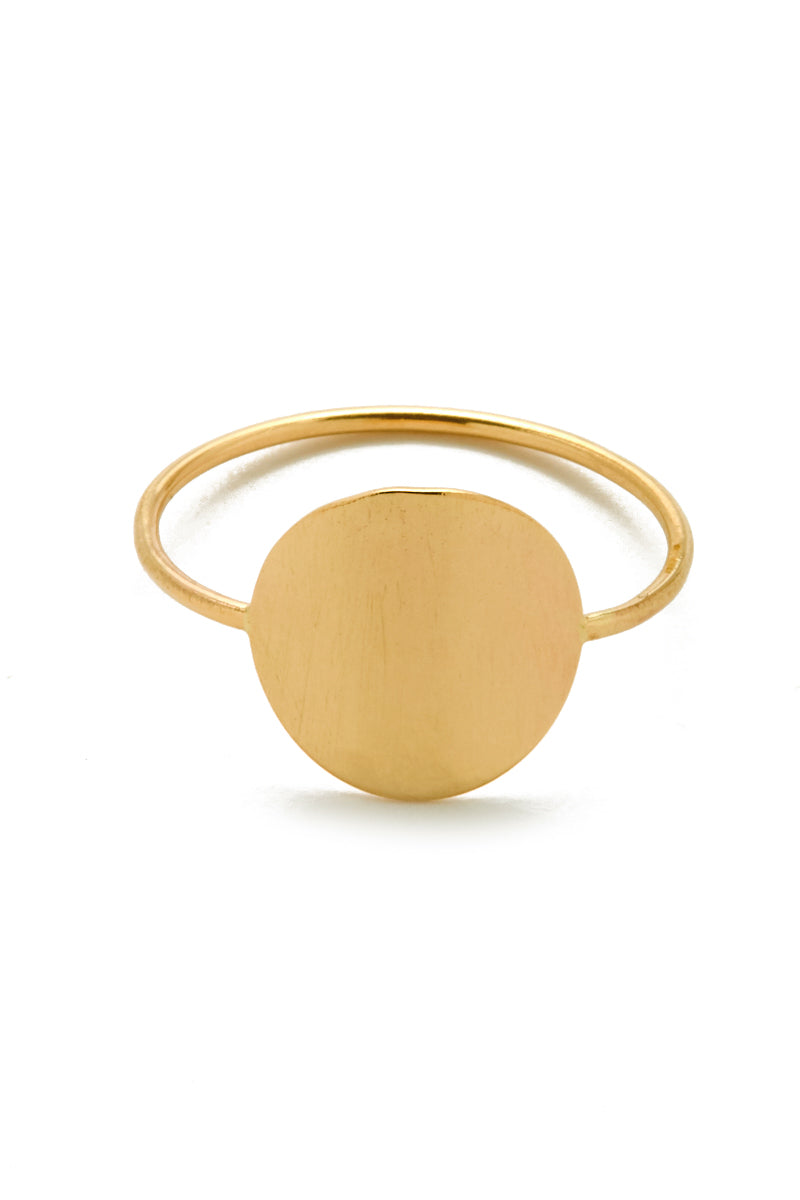 01 25 18 On Model Alana0011 Gold Singularity Ring