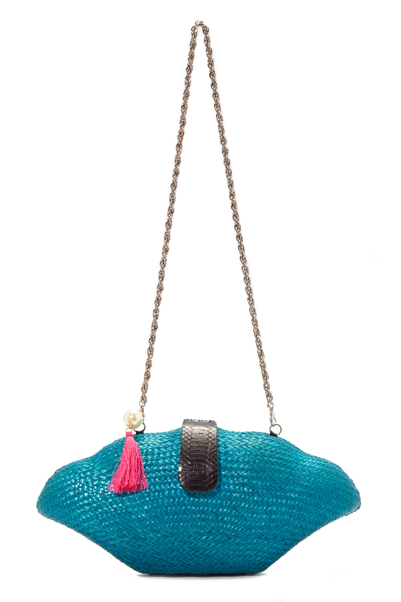 Seaside Shell Clutch