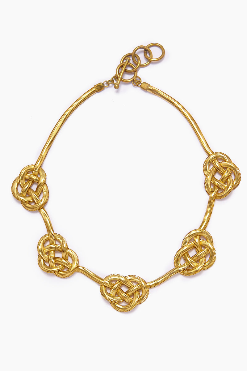 Sileas Knotted Gold Fishtail Chain Necklace