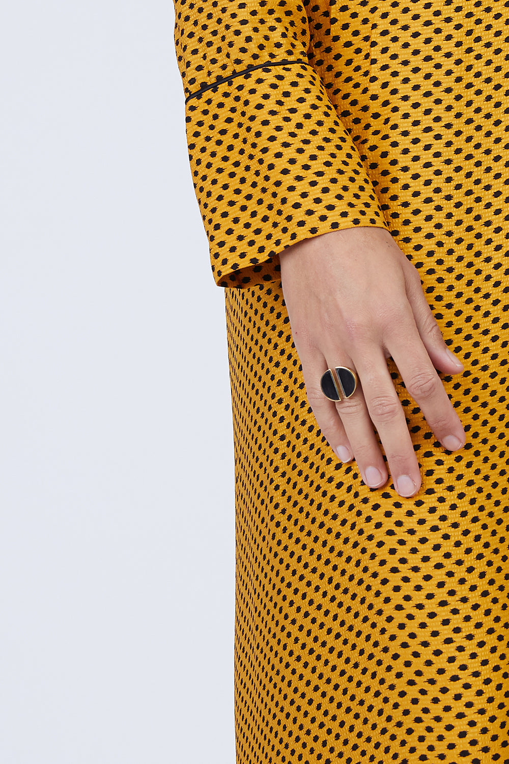 Split Moon Ring - Black