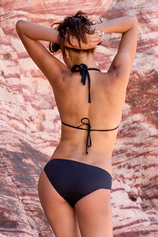 BEACH JOY Cut Out Bottom Bikini Bottom | Black|