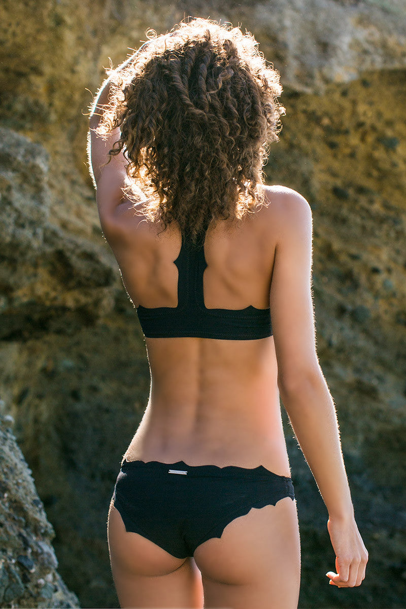 BOYS AND ARROWS The Vicki Vail Top Bikini Top | Felon|Rachel