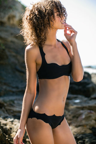 BOYS + ARROWS The Vicki Vail Bottom Bikini Bottom | Felon|Boys And Arrows The Vicki Vail Bikini Top And Bottom On Model