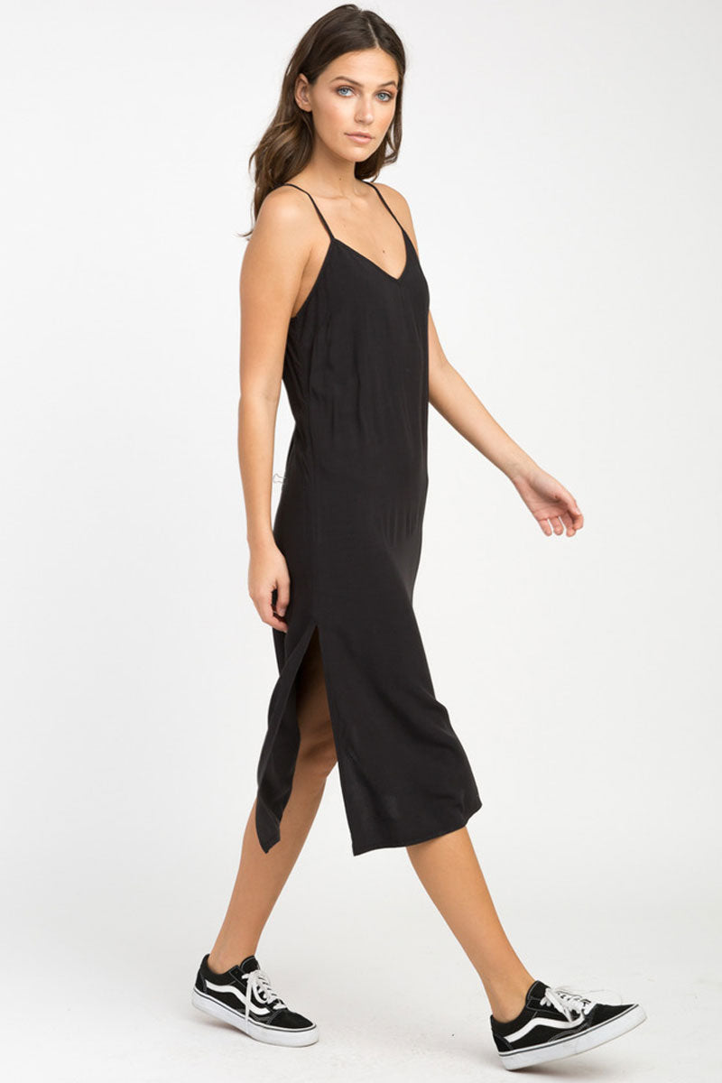 Chasing Shadows Midi Dress - Black