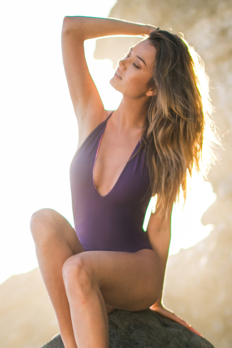 WATER GLAMOUR Deep V Reversible One Piece One Piece | Sunset/Aubergine|Talita