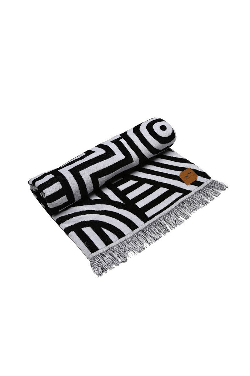 SLOWTIDE Visions Towel Accessories | Black|Slowtide Visions Towel