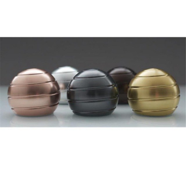 Black Onyx Sphere Desk Spinner