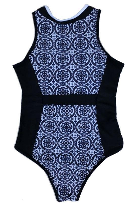 One Piece Black Sporty Zippered Swimsuit SO041