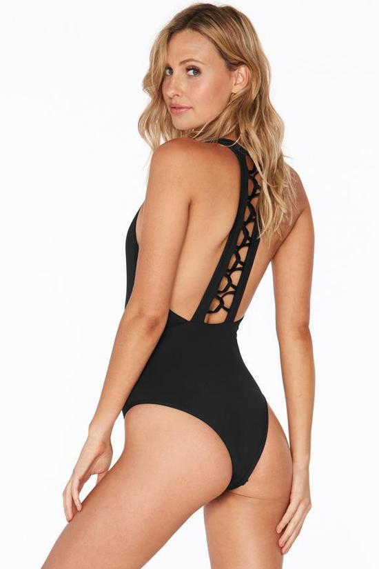 One Piece Sexy Deep V Neck Macrame Swimsuit SO394