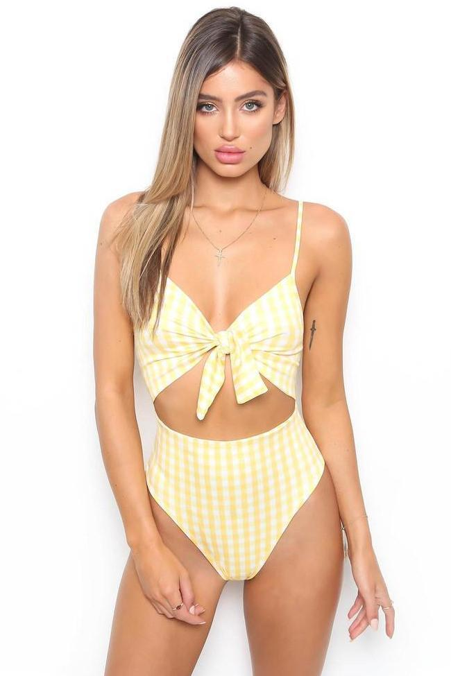 One PieceFabulous Cut Out Knotted High Leg Swimsuit SO019