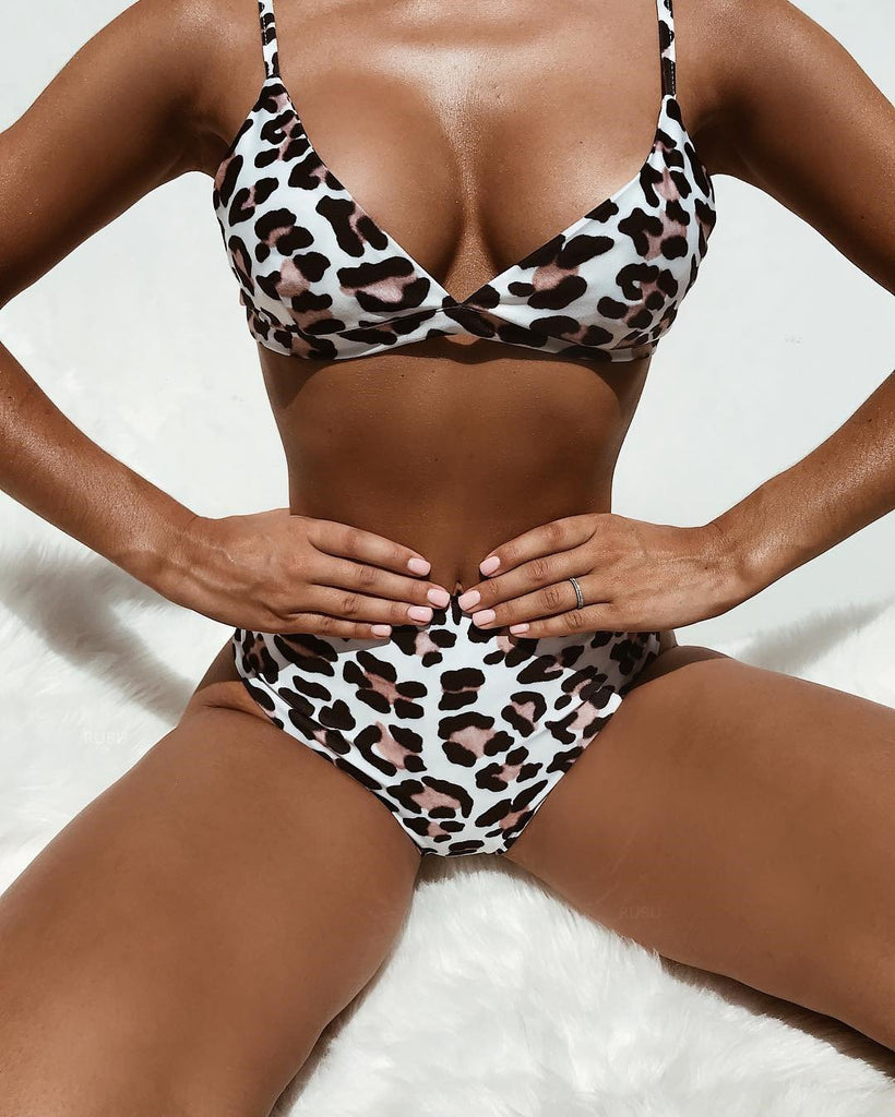 High Leg Leopard Printed Bra Thong Bikini Two Piece Set Swimsuit SW9110