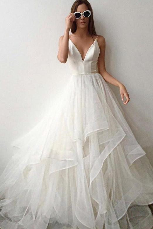 Simple Spaghetti Straps V Neck Wedding Dress Tulle Ruffles Backless Bridal Gowns W1007