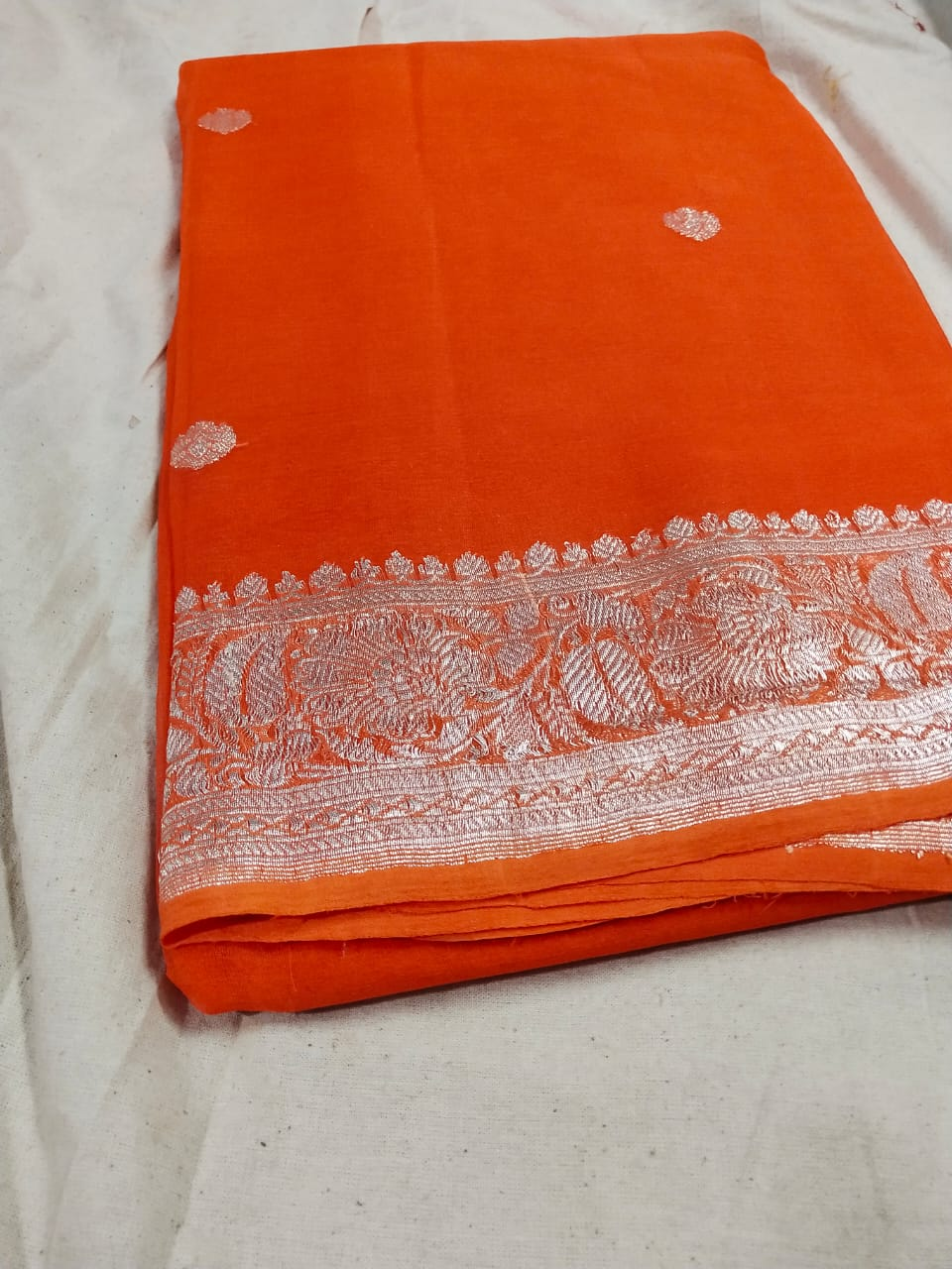 Pure Hand loom  Khaddi Georgette Saree with Silver Zari Weaving blouse  ( length- 6.3 meter )