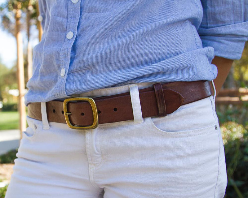Unisex brown leather belt