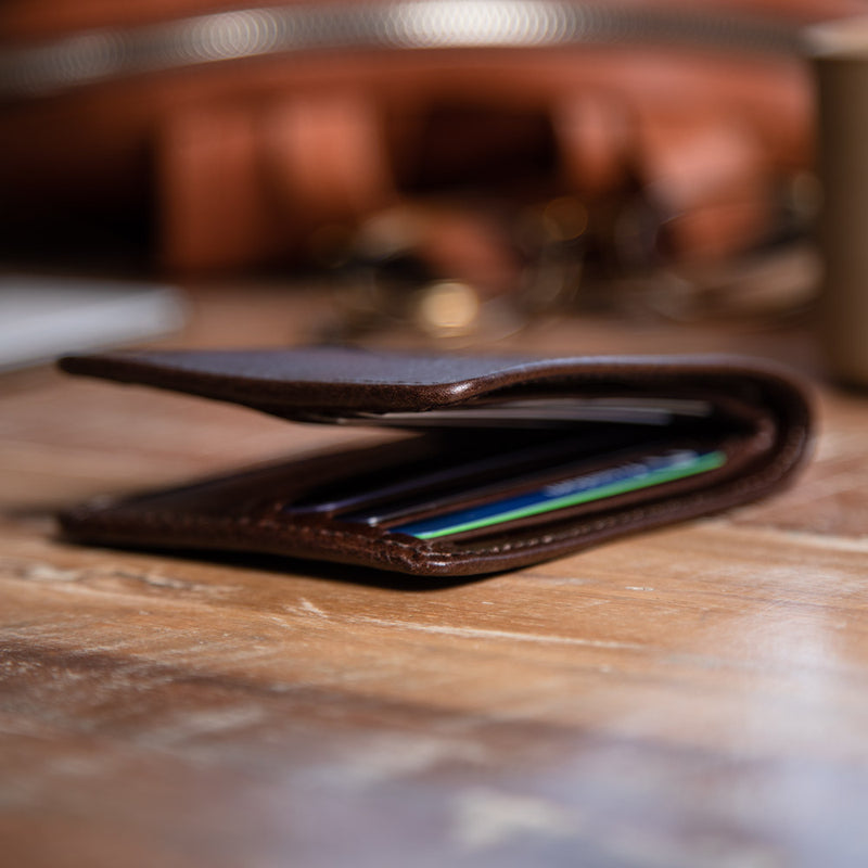 Wallet for men with a lot of cards