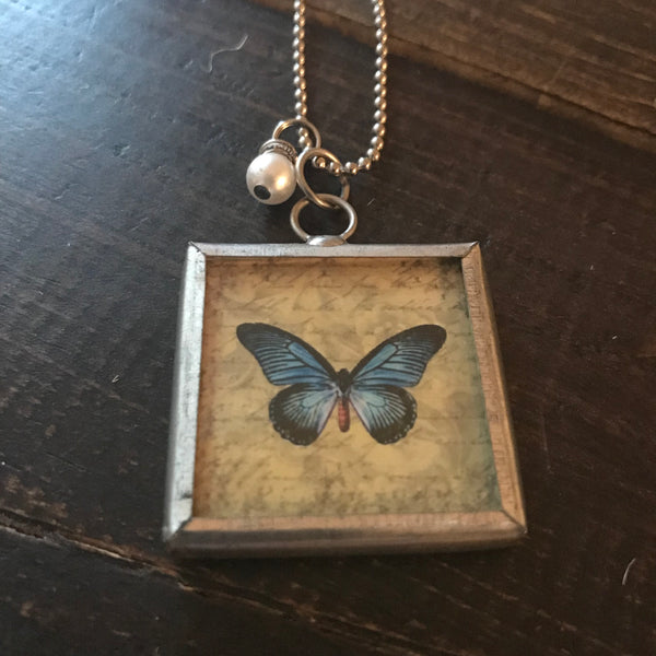 Necklace - Beautiful Butterfly Necklace - CLEARANCE