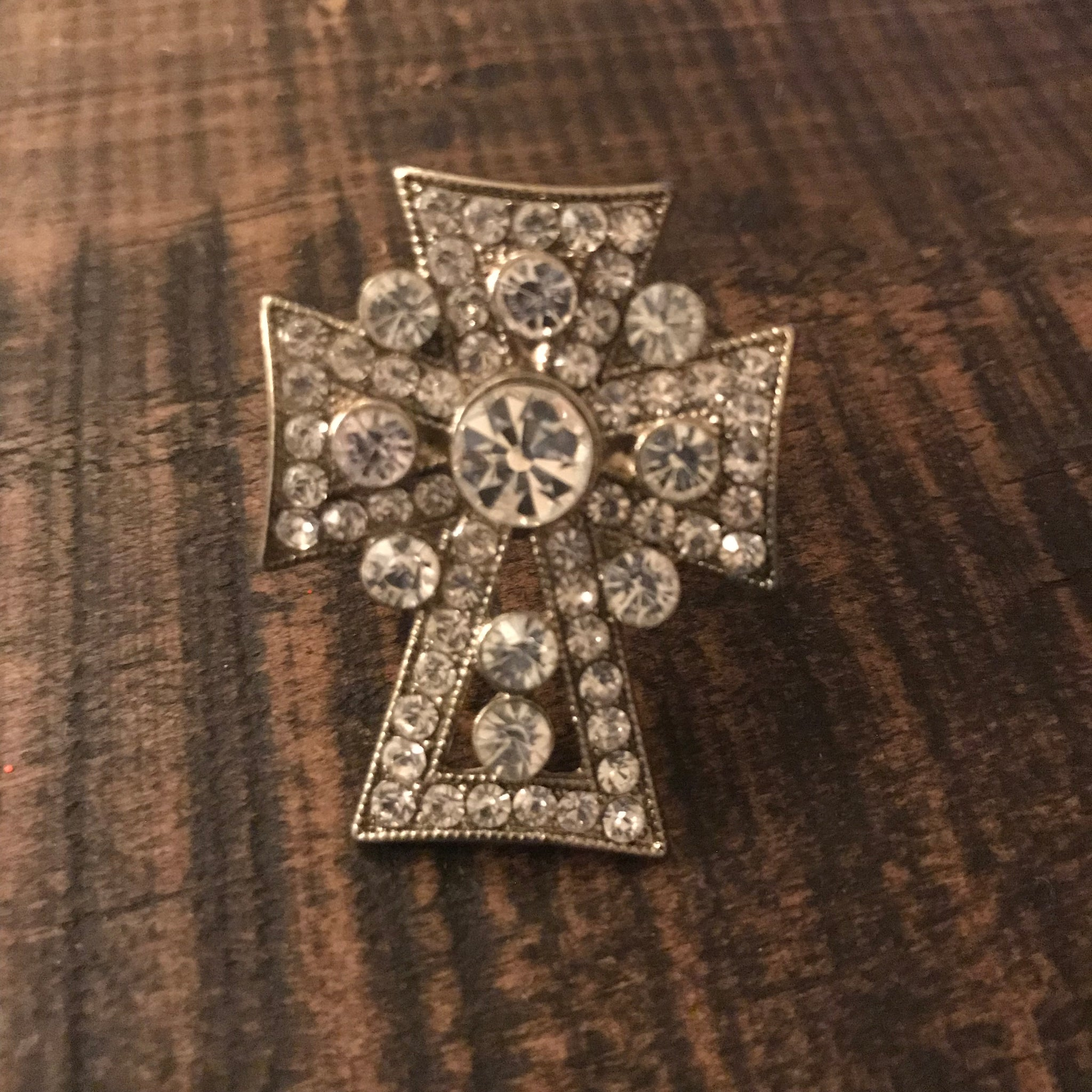 Ring - Crystal Cross - CLEARANCE