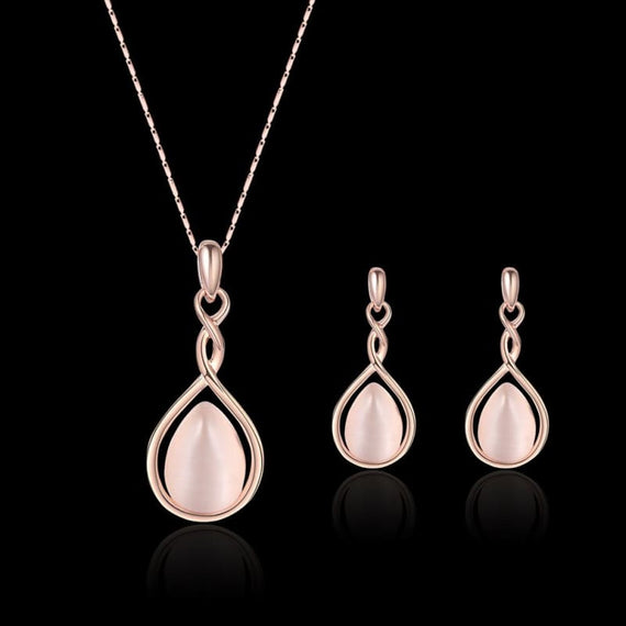 Pearl Heart Earrings and Necklace Set
