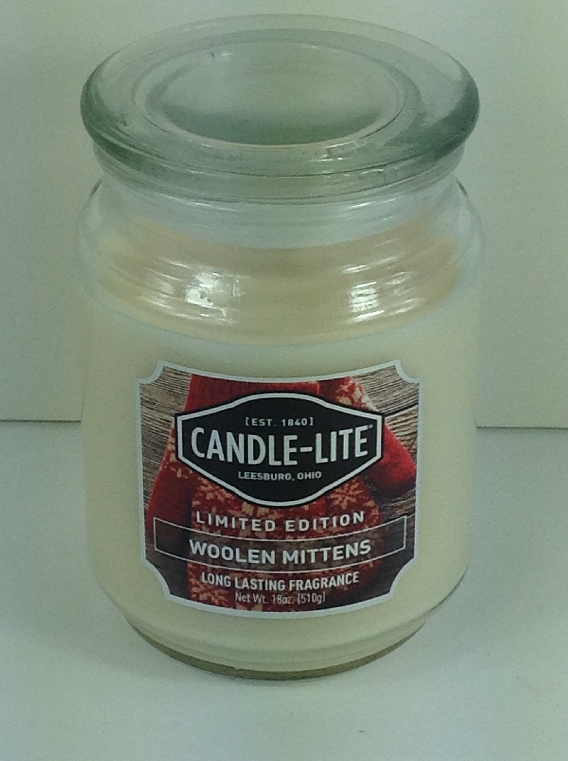 CANDLE-LITE LIMITED EDITION WOOLEN MITTENS 18 OZ LARGE JAR CANDLE