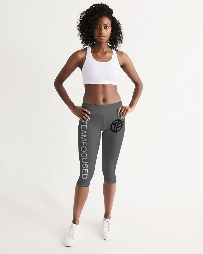 gray focused Women's Mid-Rise Capri
