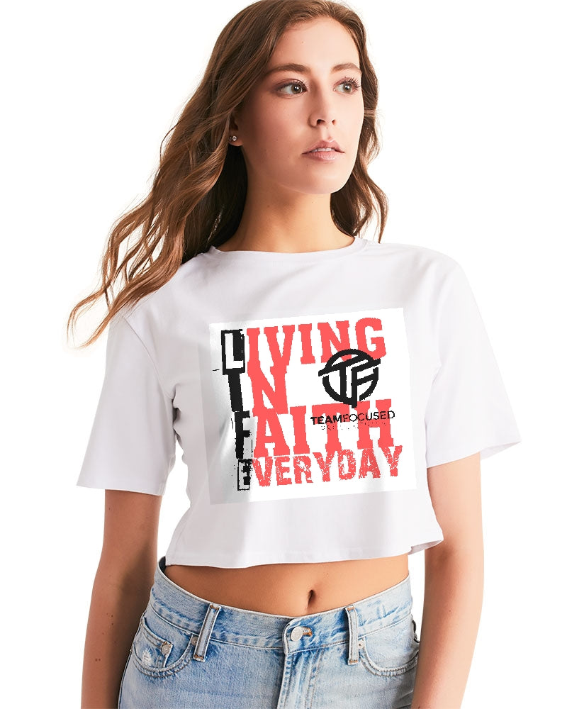 white red life Women's Cropped Tee
