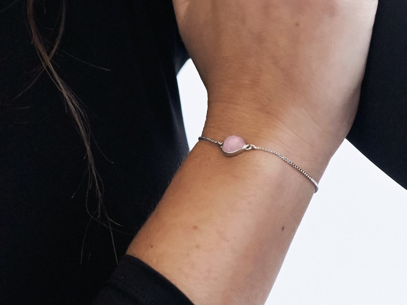Rose Quartz White Gold Teardrop Bracelet