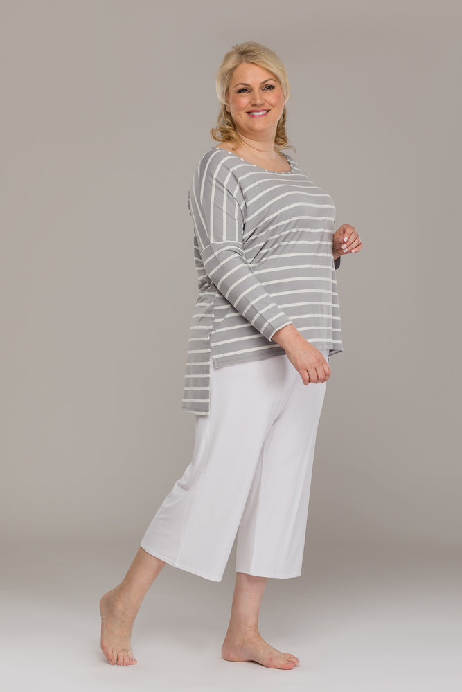 ADELE DOUBLE DIP BACK WHITE -GREY TOP