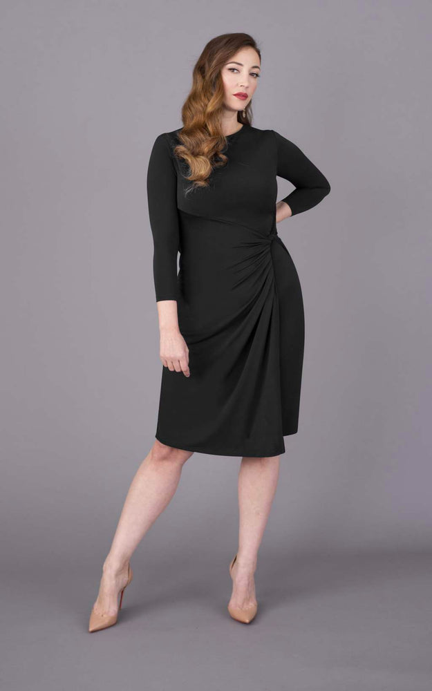 Round Neck Short Figure Flattering Dress - Black