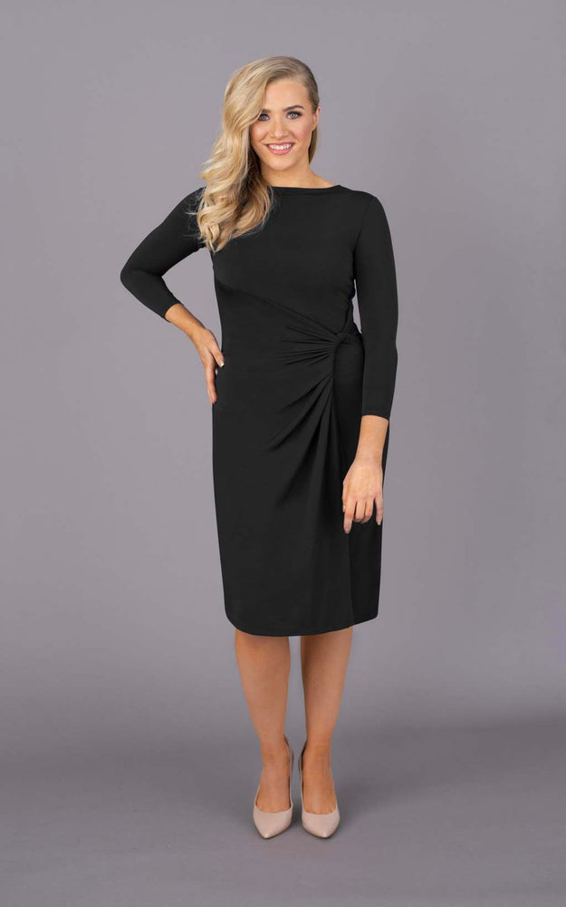 Drop a Dress Size Round Neck Short Dress - Black