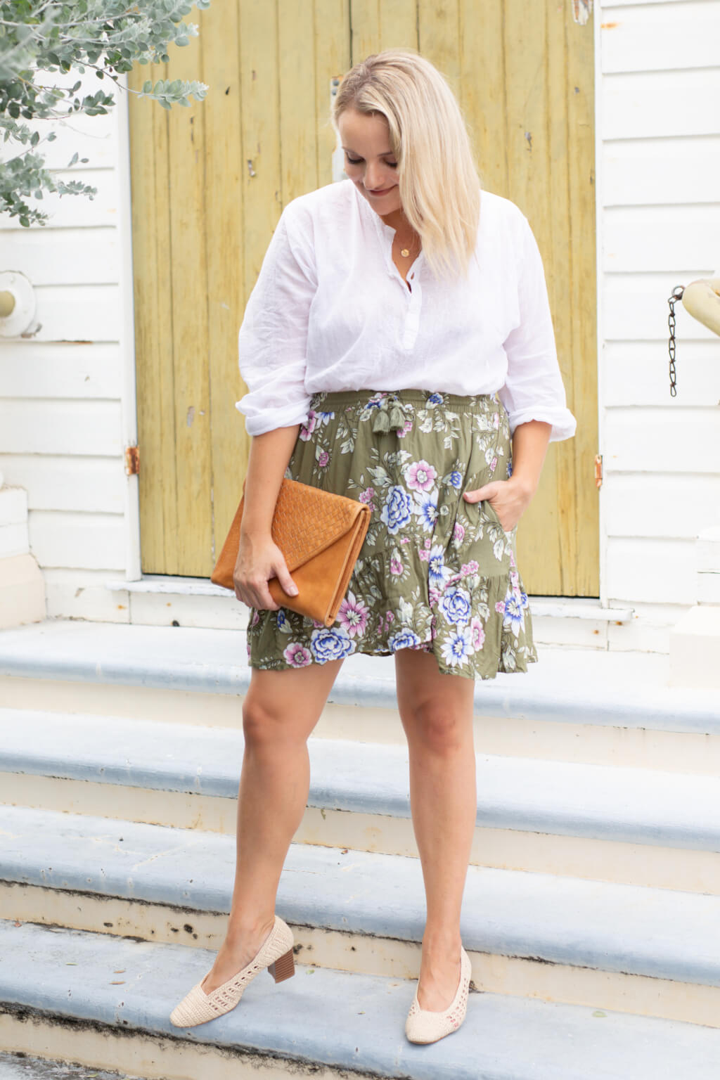 Khaki mini ruffle skirt