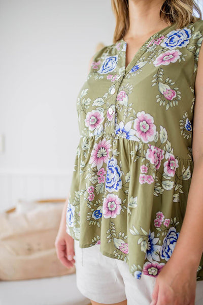feeding friendly floral top