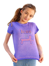 Load image into Gallery viewer, 'BELIEVE IN YOURSELF' PASS-IT-ON TEE + 3 FREE KINDNESS PINS