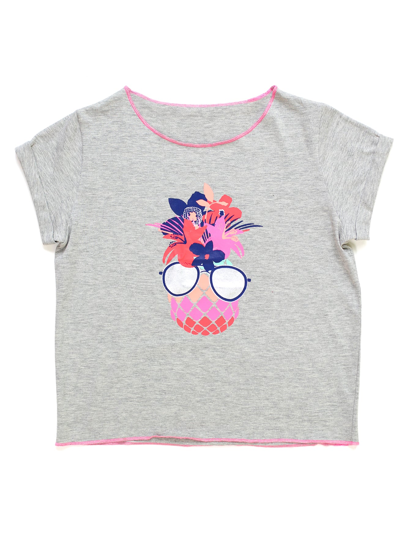 COOL FLORAL PINEAPPLE GRAPHIC TEE