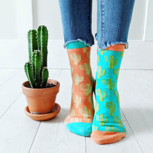 Load image into Gallery viewer, KOOKY CACTUS ANKLE SOCKS