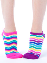 Load image into Gallery viewer, WAVY STRIPES LINER SOCKS